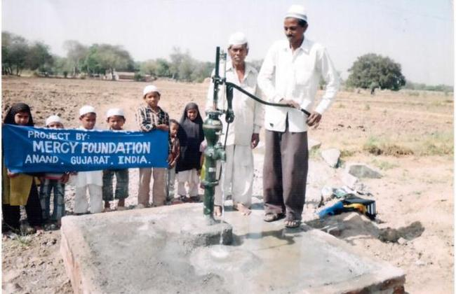 Borewell and Hand pumps